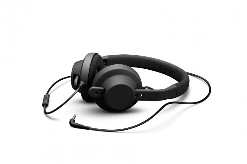 Image of   AIAIAI TMA-1 X HEADPHONES (WITH MIC BLACK)