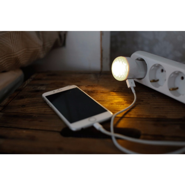 Billede af CAPiDi EU 2 Pin Mains Charger Nightlight USB 1A White