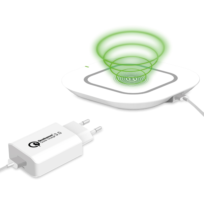 Image of   CELLY KIT WL PAD+TRAVEL+CABLE (WHITE)
